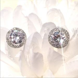 NWOT 18K White Gold Plated Halo Earrings